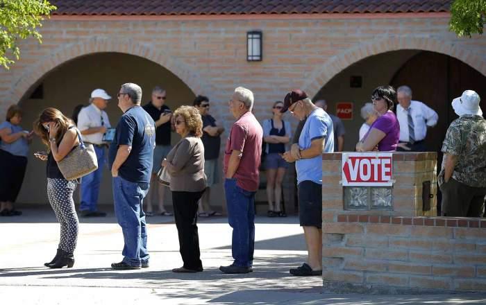 Arizona_voting_AP_img